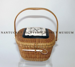 Permanent Collection Accession #994 Square Covered Nantucket Basket